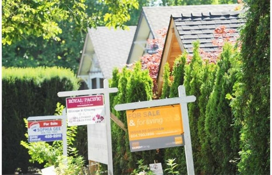 Vancouver homes taking longer to sell but still alive